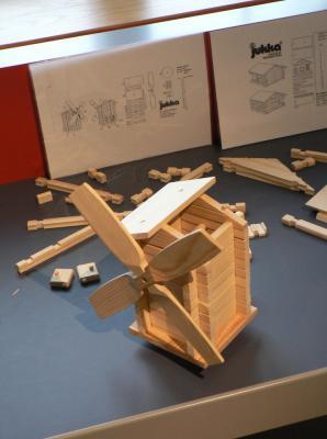 Modelček mlina na veter