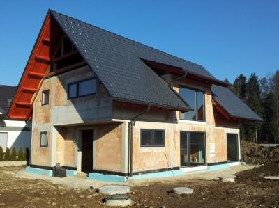 Hiša z vgrajenimi okni